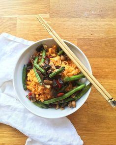 Kókuszos-paris tésztaszósz Japchae, Ethnic Recipes, Food, Essen, Meals, Yemek, Eten