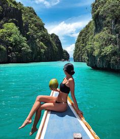 Travel posters, backpacking, adventure photography, enjoy your life, tropic Summer Pictures, Beach Pictures, Summer Photography, Photography Poses, Photography Aesthetic, Adventure Photography, Travel Photography, Best Swimsuit Brands, Poses Photo