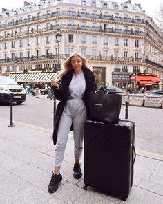 Saffron Barker, The Next, Then And Now, Anastasia, Youtubers, Girl Fashion, Leather Pants, Street Wear, Paris