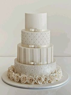 White Wedding Cakes - These gorgeous wedding cake pictures are sure to inspire your wedding cake design. From simple to elegant to chic wedding cakes, there is something for every taste - no pun intended. White Wedding Cakes, Elegant Wedding Cakes, Beautiful Wedding Cakes, Gorgeous Cakes, Wedding Cake Designs, Pretty Cakes, White Weddings, Blush Weddings, Chic Wedding