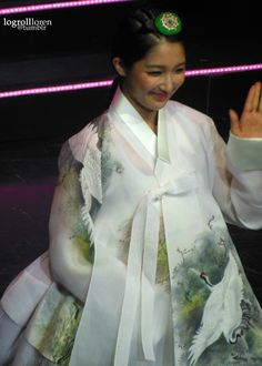 4Minute Jihyun in Korean Traditional Clothing 'Hanbok' at Korean Culture Festival in London