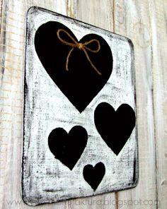 dekoracja walentykowa DIY w stylu shabby chic - jak zrobić? #heart Decoupage, Shabby Chic, Hearts, Kleding, Shabby Chic Decorating