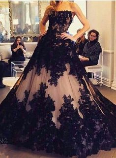 Cheap black lace ball gown, Buy Quality ball gown evening dress directly from China evening gown Suppliers: 2017 Black Lace Ball gown Evening Dresses Vestidos De Fiesta Maid of the Honor Dresses Long Evening Gowns Women Formal Dress Black Wedding Dresses, Elegant Dresses, Pretty Dresses, Formal Dresses, Gown Wedding, Lace Wedding, Formal Prom, Long Dresses, Formal Wear