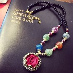 Graceful Rhinestoned Rose Shape Pendant Necklace For Women