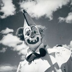 LJDKFJSLSDSJFSLDJFkas;ffdkflj. | 21 Vintage Clown Photos That Will Make Your Skin Crawl