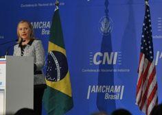 """""""Queremos ver mais turistas do Brasil"""", reafirma Hillary Clinton"""