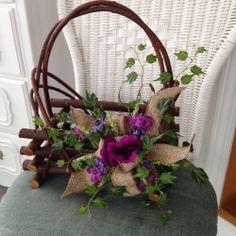 Primitive Handmade Log Basket, Burlap Bow, Silk Ivy Floral Arrangement, Spring,