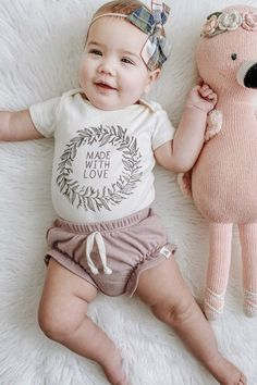 Made with Love - Organic Bodysuit Laurel Wreath, Baby Boy Or Girl, Organic Baby Clothes, Boho Baby, Infant Toddler, Typewriter, Gender Neutral, Baby Shower Gifts, Pine