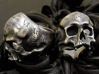 Rara Avis: Skull rings, I feel like the Boondock Saints should be wearing these rings. Skull Jewelry, Gothic Jewelry, Jewelry Rings, Skull Rings, Jewelery, Silver Jewelry, Jewelry Accessories, Jewelry Design, Geek Jewelry