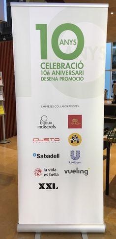 Pancartes Celebració 10 anys desena promoció de la Facultat de Comunicació Blanquerna 2017. #design #university #Blanquerna