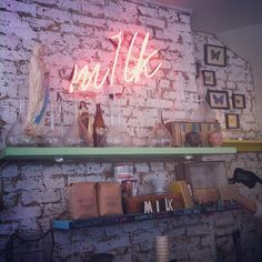 Ethnic inspiration on the menu, fab cakes on the counter, trendy decor and fab aeropress coffee.  More info >> https://teatimeinwonderland.co.uk/lang/en/2015/04/07/m1lk-cafe-balham