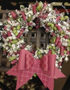 Season of Style paper wreath from Stampin Up Founders Circle by Jill Olsen. Click on blog for video tutorial