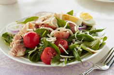 Tuna Salad Nicoise Recipe - I am going to have to try this for a weekend lunch or a lite dinner.
