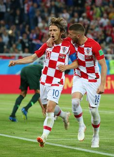 Luka Modric of Croatia celebrates with Ante Rebic after scoring from a penalty for his sides second goal during the 2018 FIFA World Cup Russia group D match between Croatia and Nigeria at Kaliningrad Stadium on June 2018 in Kaliningrad, Russia. World Cup 2018, Fifa World Cup, Russia World Cup, Elite Fitness, Russia 2018, Kaliningrad Russia, Zagreb Croatia, National Football Teams, Football Wallpaper