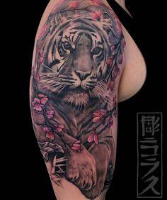 Awesome tattoo by Nicklas Westin Tattoo Artist White Tiger Tattoo, Tiger Tattoo Sleeve, Arm Sleeve Tattoos, Lion Tattoo, Love Tattoos, Body Art Tattoos, Tatoos, Celtic Knot Tattoo, Tiger Tattoo Design