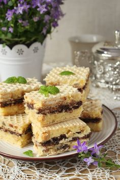 Smakołyki Asi: Snickers na waflach Homemade Cakes, Sweet Tooth, French Toast, Food And Drink, Cooking Recipes, Breakfast, Ethnic Recipes, Easy, Morning Coffee