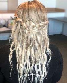 BOHEMIAN LOOSE CROWN BRAIDS Want flawless wedding hair & makeup with zero stress? We gotchu! Go ahead and schedule your free consultation call today - link in bio @WindyCityGlam! . #chicagobridalmakeup #chicagomakeupartist #chicagoweddingmakeup #chicagobride #chicagomua #chicagowedding #chicagobridalmakeupartist #chicagobridalmua #chicagoweddingmua #chicagoweddingmakeupartist #chicagoweddingplanning #chicagoweddingphotographer #chicagobridalhair #chicagohairstylist #chicagoweddinghair #chicagowe