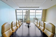 Conference Room Conflict: Office Densification Creates Growing Need for Flexible Meeting Areas
