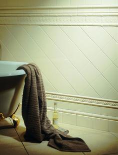Artworks Colonial bathroom - tiles by Original Style