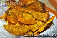 Bora fazer para o #lanche Batata Doce Chips, é assada no forno e é sensacional! Ficam do jeitinho que gosto: crocante, com o leve adocicado e ainda é muito saudável. #Receita aqui => http://www.gulosoesaudavel.com.br/2013/02/27/batata-doce-chips/