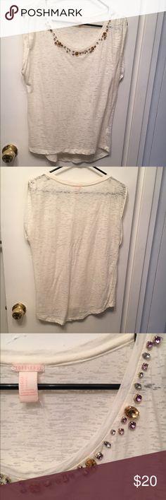 Embellished top Embellished collar, oversized t-shirt Forever 21 Tops Tees - Short Sleeve