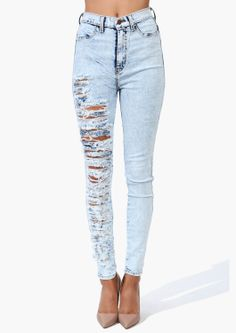 Boho . one legged rips . skinny jeans. Imma try this with one of my jeans