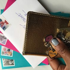 Heading out to the post office to send off the last of my winter stamps! #paintboxnails #sugarpaperla #coach #pink #winter #effiespaper #letterlove #penpal #usps #uspsstamps #snailmail #snailmailrevolution #postalsevice #handwrittenletter @uspostalservice #mail #happymail #letters #handwrittenletters