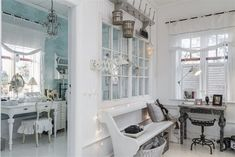 Shabby and Charming: In Sweden a beautiful villa in shabby chic style