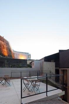 Gallery of Oh!Porto Apartments / Nuno de Melo e Sousa + Hugo Ferreira Arquitectos - 28