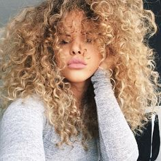 Archive of curly haired girls for inspiration :) So unbelievably gorgeous