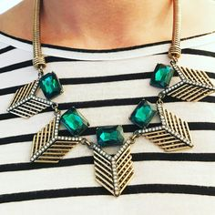 The perfect statement necklace for fall; combining emerald stones and touches of chevron. Approx 19.2 inches in diameter with an additional 2.7 inches to adjust to the perfect fit.