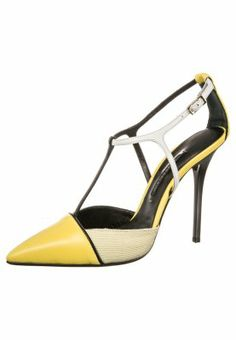 Diego Dolcini High http://pixiie.net/shop/diego-dolcini-high-heels-yellow/
