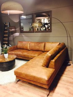 Q-Vale zits + Hoek — Q-Time – Family Room İdeas 2020 Family Room Sectional, Living Room Sofa, Living Room Decor, Living Furniture, Home Furniture, Furniture Design, Cheap Furniture, Moore House, Leather Sectional Sofas