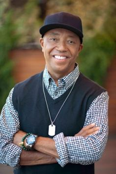 Dinner With Russell Simmons: His Vegan Sip, Chat, Chow… Famous Vegans, Brooklyn, Russell Simmons, Hip Hop Instrumental, My Black Is Beautiful, Beautiful People, Fashion Line, Man Fashion, Celebs
