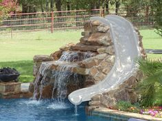 Swimming pool landscape water slides Ideas for 2019 Swimming Pool Slides, Swimming Pool Landscaping, Small Backyard Pools, Backyard Pool Designs, Swimming Pool Designs, Pool With Slide, Small Pools, Landscaping Design, Pool Spa