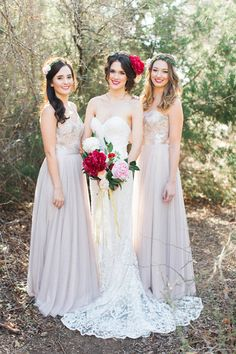 Romantic Bridal Inspiration: Big, Bold Blooms + Gowns by Watters — Sponsor Highlight | Wedding Inspirasi