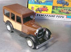 Going out for a Drive in Dads Car!  VINTAGE TOOTSIETOY FORD 3025 Die Cast by ShantyIrishStockyard, $24.50