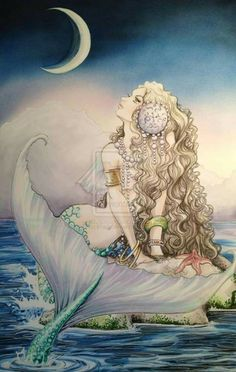Beautiful Mermaid Basking in the Moonlight Fantasy Mermaids, Real Mermaids, Mermaids And Mermen, Fantasy Creatures, Mythical Creatures, Sea Creatures, Mermaid Fairy, Mermaid Tale, Mermaid Pictures