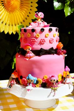 lalaloopsy birthday party | ... Parties for Girls > Creative Pink & Yellow Lalaloopsy Birthday Party