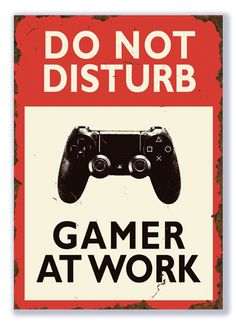 Crafty Mind's & Crafty Paper Do not disturb Gamer at work (PlayStation) (Gewenst formaat: 29 cm x 21 cm) Playstation, Xbox, Gamer Quotes, Licht Box, Game Wallpaper Iphone, Best Gaming Wallpapers, Video Game Posters, Game Room Design, Gamer Room