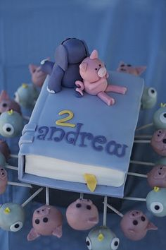 gerald & piggie book cake by ritadippenaar, via Flickr - I wish I could do this