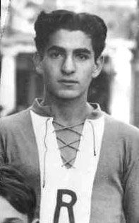 1938: Mohammad Reza Pahlavi in his Rosay school jersey in Switzerland.
