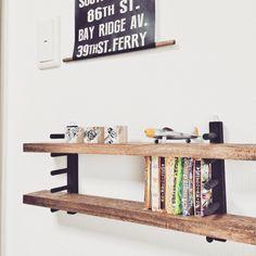 100均のディッシュラックで簡単♡ミニ棚完成‼︎ Diy Interior, Room Interior, Interior Design, Ideas Para Organizar, Desk Makeover, Diy Holz, Wall Racks, Diy Recycle, Deco Furniture