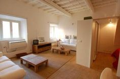 Apartments in Rome - room, small apartment - Piazza Santa Maria, Trastevere