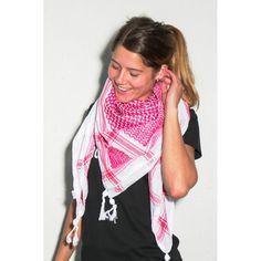 """Kufiya de Palestina, modelo """"Rojo y Blanco"""", 100% algodón. Producido en """" Hirbawi Textile"""", la única y última fábrica en Palestina. Se ubica en Hebrón, en los Territorios palestinos, Cisjordania.  Comprando este pañuelo palestino, apoyáis la economía palestina y en concreto la preservación de esta fabrica. Frente Popular, Plaid Scarf, Fashion, Templates, Civil Disobedience, Palestine, White People, Moda, Fashion Styles"""