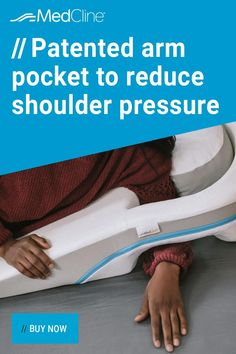 Shoulder Pain At Night, Shoulder Pain Relief, Back Pain Relief, What Helps You Sleep, Health Tips, Health And Wellness, Shoulder Surgery, Reflexology Massage, Natural Sleep Remedies