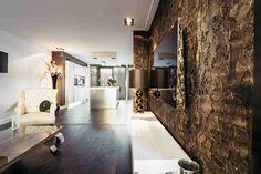 Rock Wall bronze | Creative Minds International