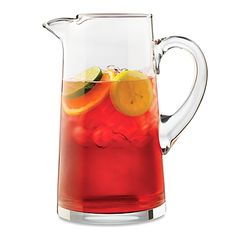 This Dailyware cantina pitcher features simple, clean lines and a comfortable handle. The 90-ounce capacity makes it great for entertaining or for everyday use.
