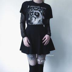 // I purred once . Punk Fashion, Grunge Fashion, Gothic Fashion, Fashion Outfits, Alternative Outfits, Alternative Fashion, Cute Summer Outfits, Cute Outfits, Estilo Dark