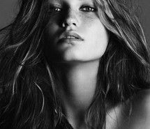 Inspiring picture freckles, beautiful, beauty, girl, black and white. Resolution: 375x498 px. Find the picture to your taste!